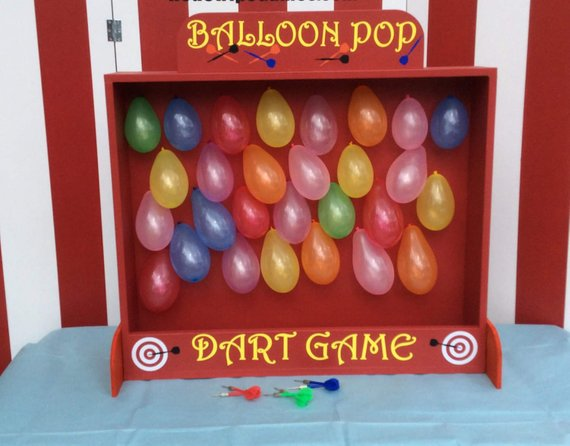 Circus party game supplies - Balloon Dart Game | CatchMyParty.com