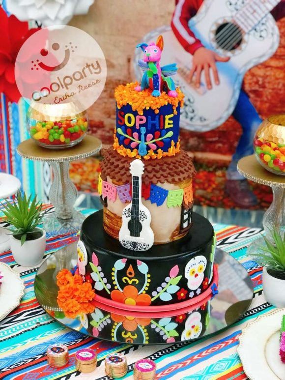 DIsney Coco Birthday Cake | CatchMyParty.com