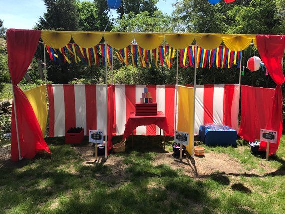 Circus party game supplies - Circus Booths | CatchMyParty.com