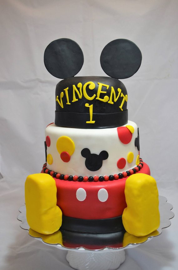 Mickey Mouse party supplies - Fondant Cake Decorating Set | CatchMyParty.com