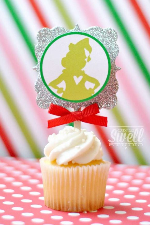 The Grinch Cupcakes | CatchMyParty.com