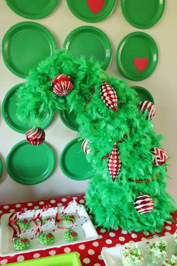 The Grinch Party Decorations | CatchMyParty.com