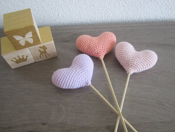 Baby Shower Party Favors - Amigurumi Hearts | CatchMyParty.com