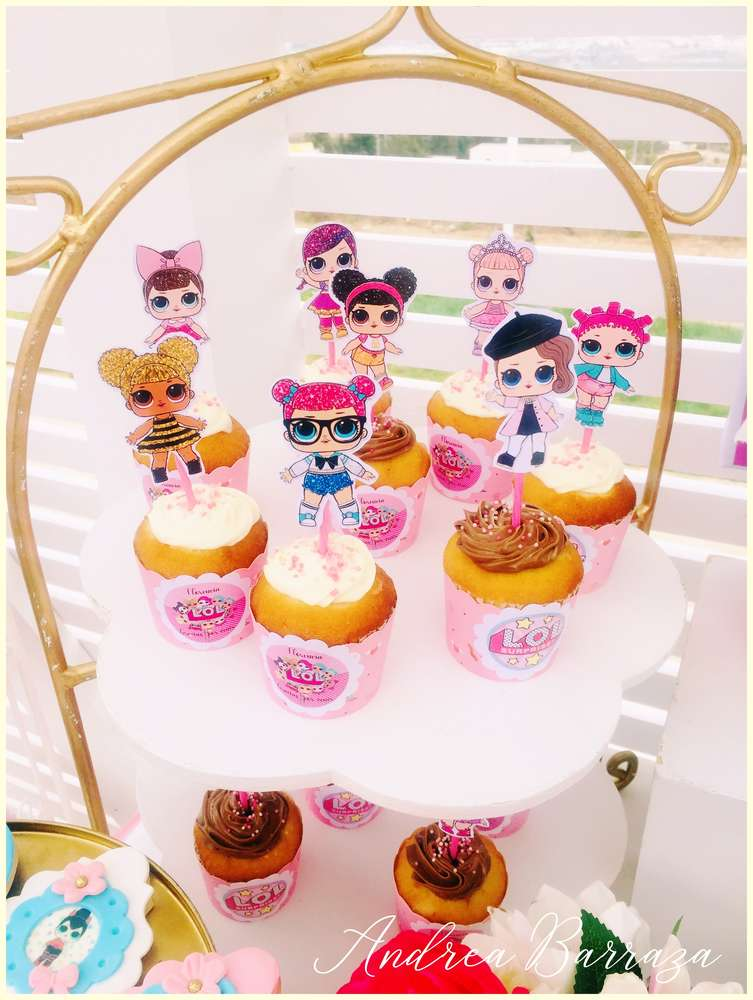 LOL Surprise Doll cupcakes