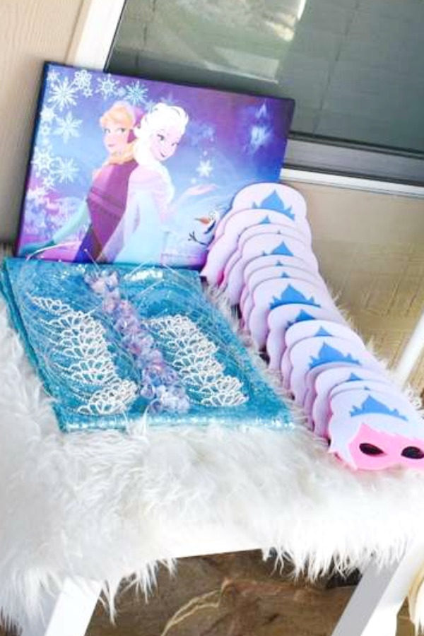 Frozen Photobooth Props