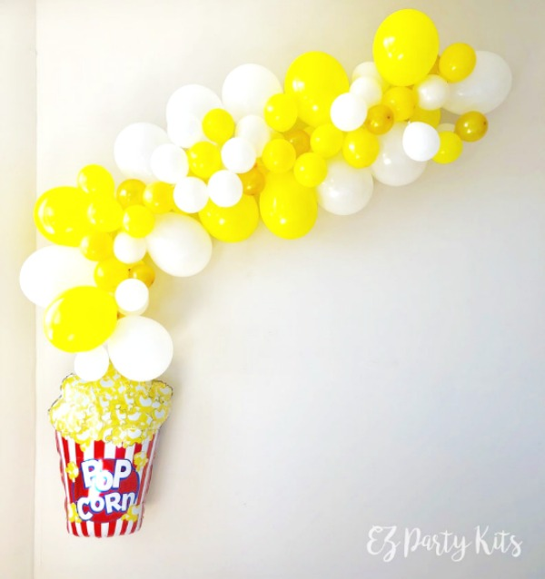 Popcorn Balloon Garland