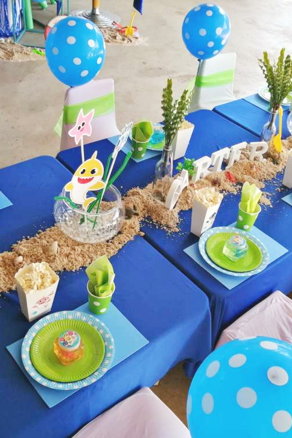 Baby Shark Table Settings