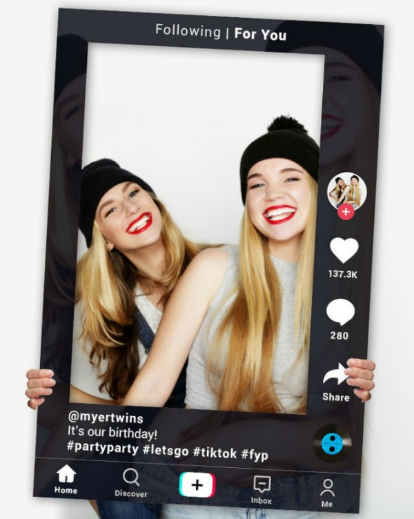 TikTok Photo Booth Frame