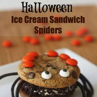 Halloween-spider-ice-cream-sandwich-44a1-580x869