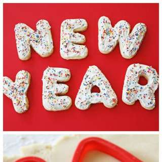Happy-new-year-cookies-580x1184