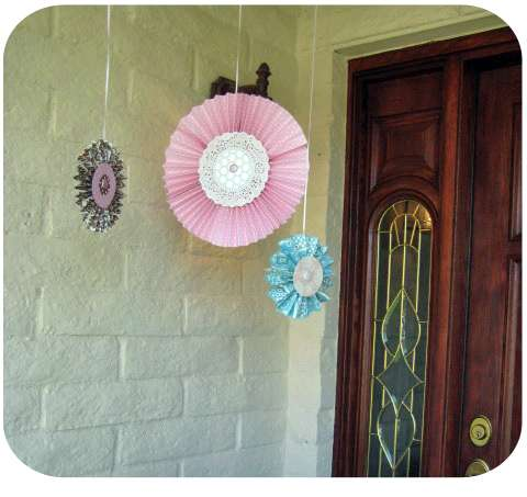 Baby shower party ideas photo 2 of 31 catch my party for Baby shower front door decoration ideas