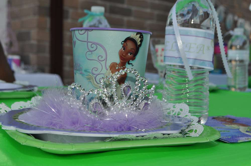 awesome Princess And The Frog Birthday Party Decorations Part - 3: Princess Tiana u0026 Frog AKA. Chelsea