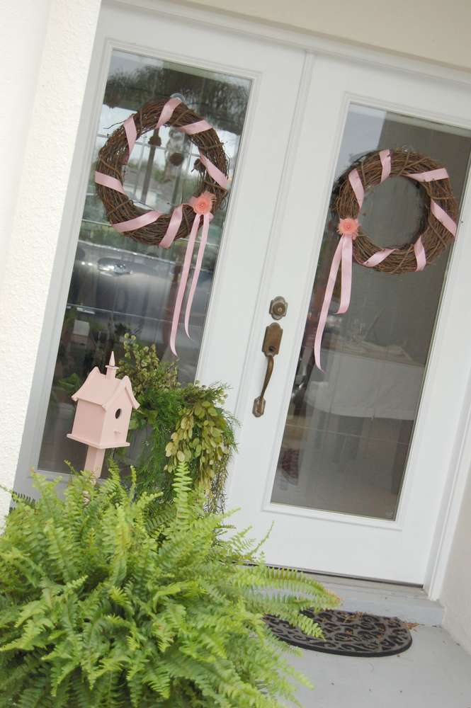 Patriotic camper decorations ask home design for Baby shower front door decoration ideas