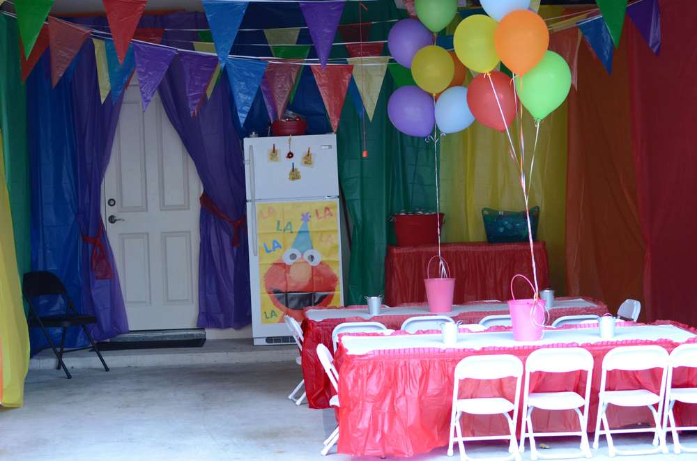 Colorful Elmo 1st Birthday : garage party decorating ideas - www.pureclipart.com