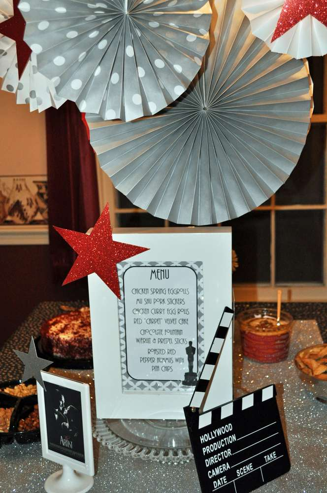 Academy awards movie ladies night party ideas photo 1 of for Awards decoration