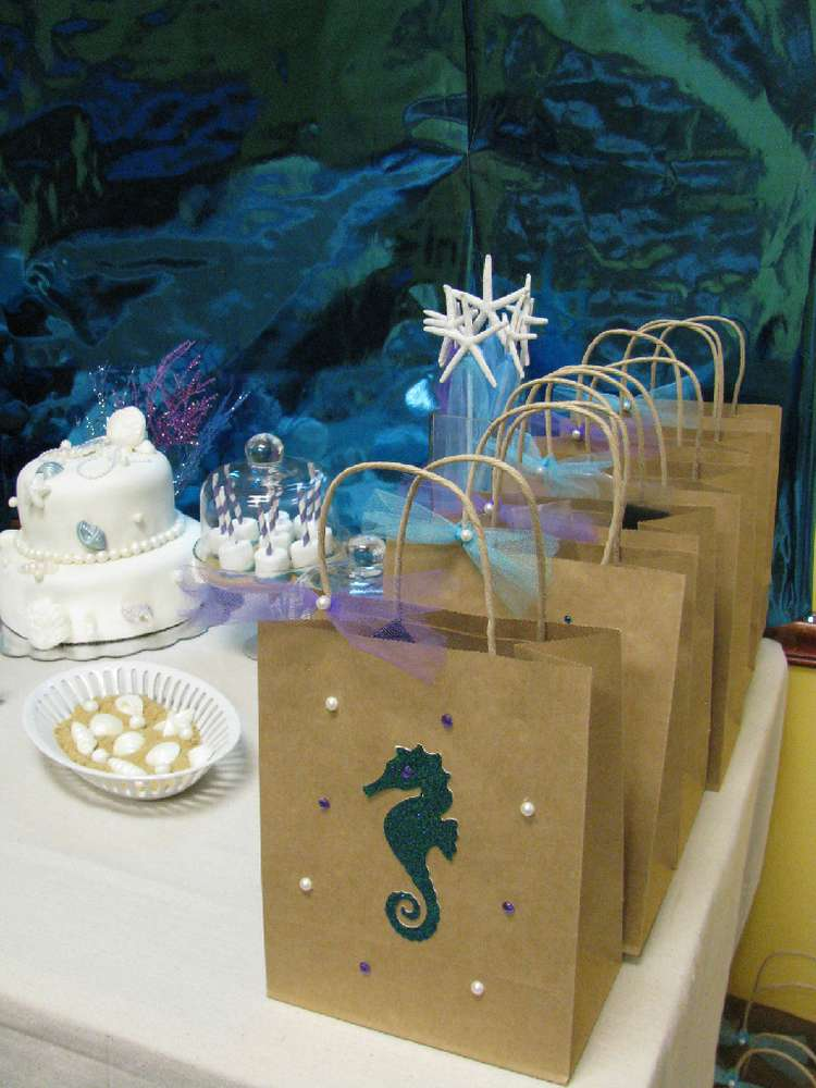 Mermaids / Under the Sea Birthday Party Ideas | Photo 7 of ...