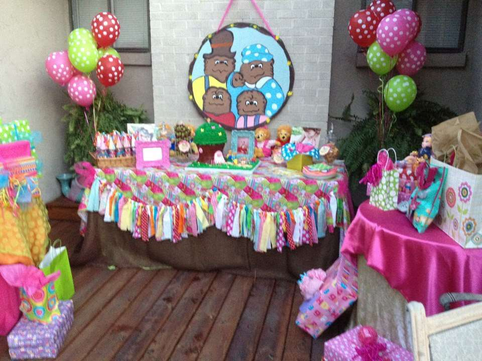 Berenstain Bears Birthday Party Ideas Photo 3 of 14 Catch My Party