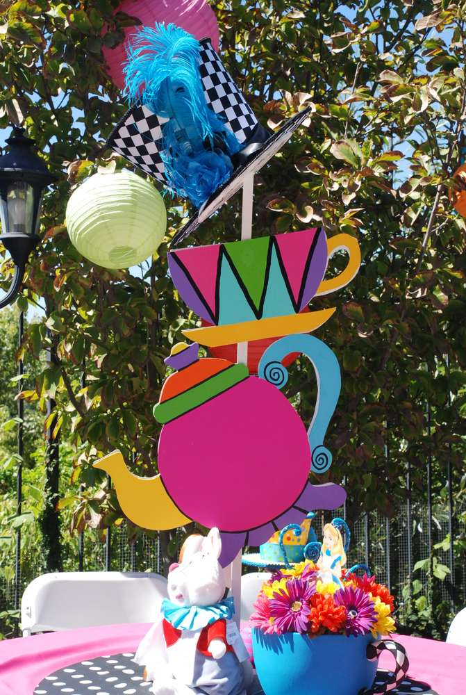 Party search mad hatter tea party catch my party party for Mad hatter party props