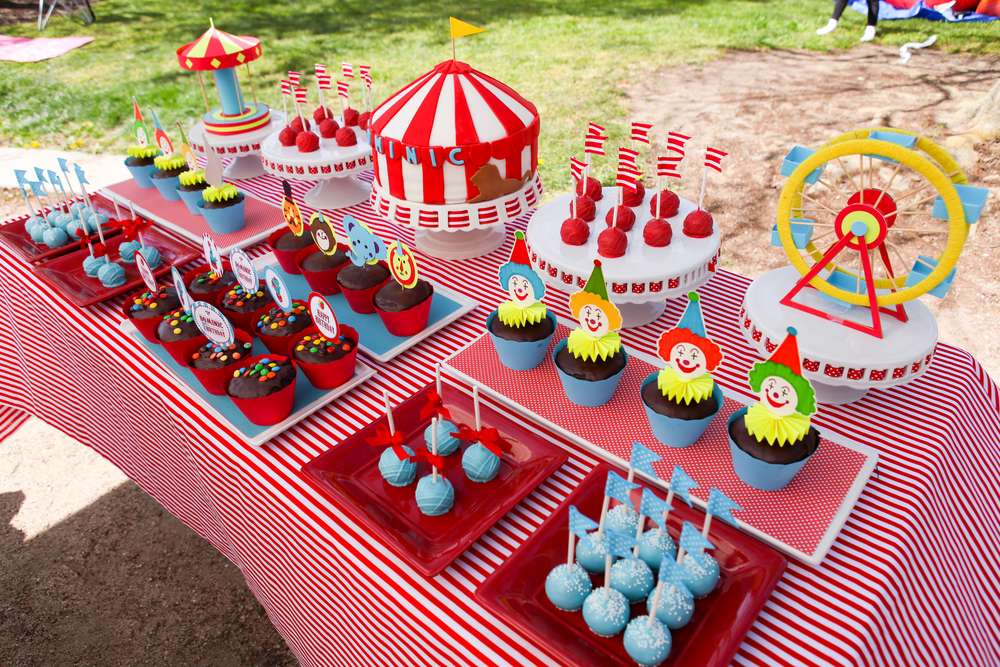 Carnival/Circus Birthday Party Ideas | Photo 17 of 25 | Catch My Party