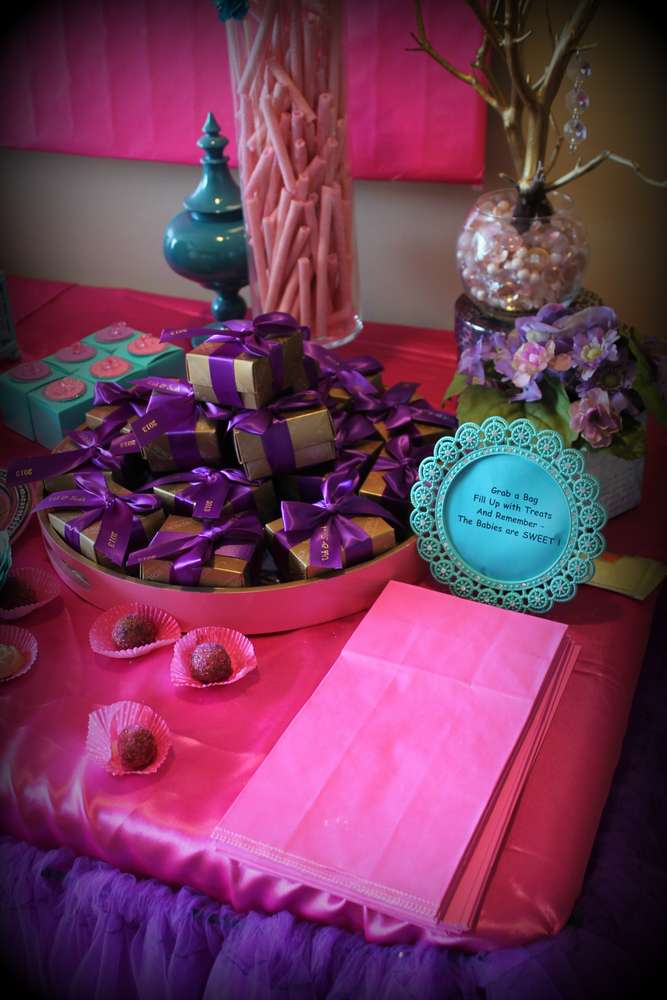 Baby Shower With Touch Of Glamour