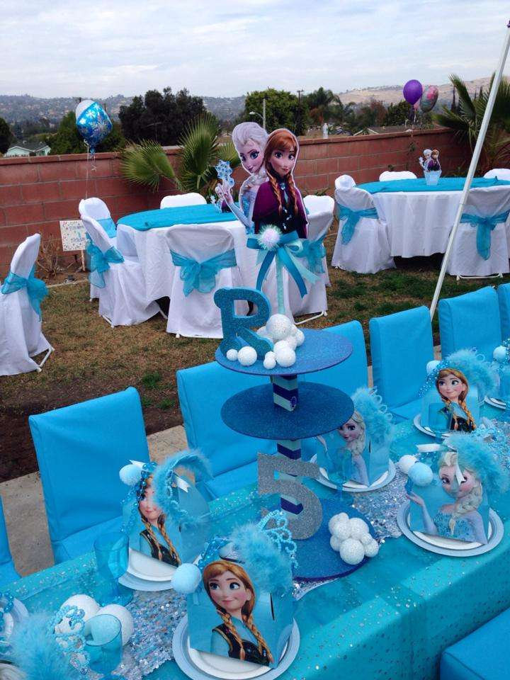 Frozen Themed Party Decoration Ideas Part - 31: Catch My Party