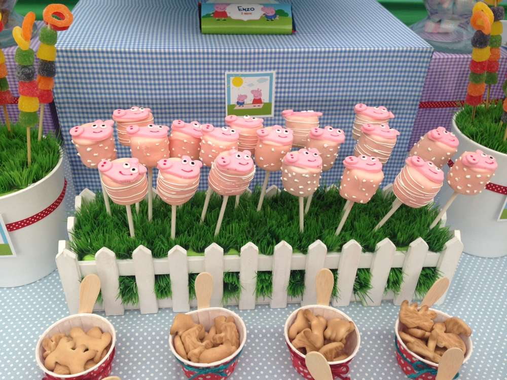 Peppa pig birthday party ideas photo 1 of 15 catch my for Peppa pig decorations