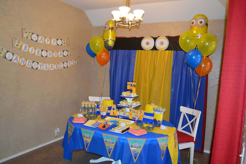 Twin Boys 5th Minion Birthday Party