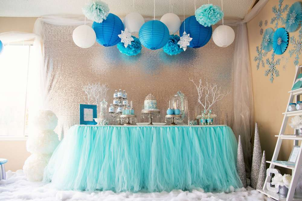 Frozen Themed Party Decoration Ideas Part - 15: Frozen Wonderland