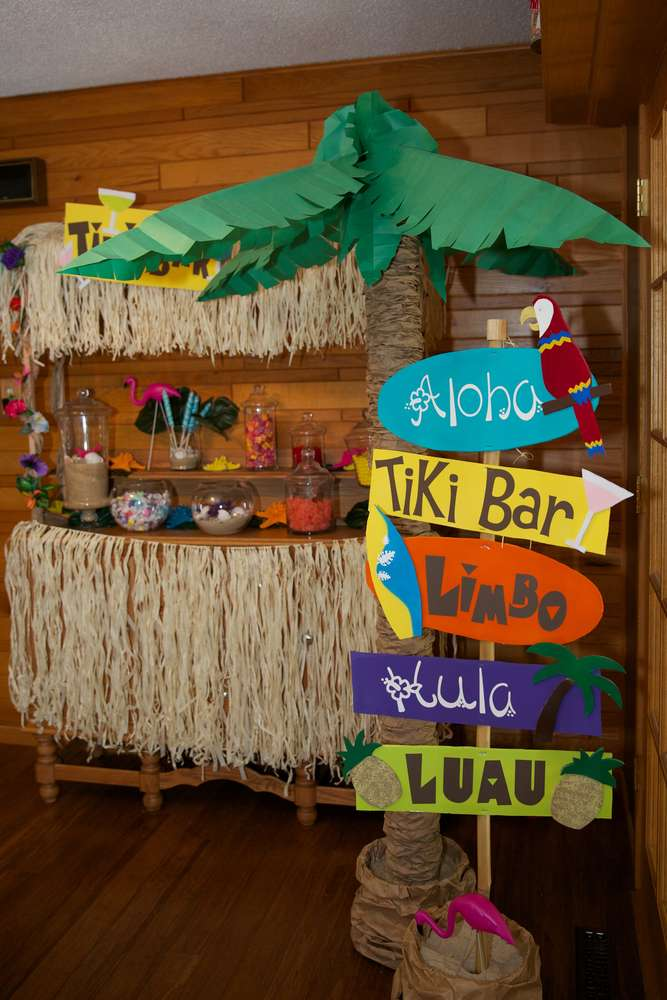 Luau theme party | DIY Beach Party Ideas For Your Beach-Themed Celebration