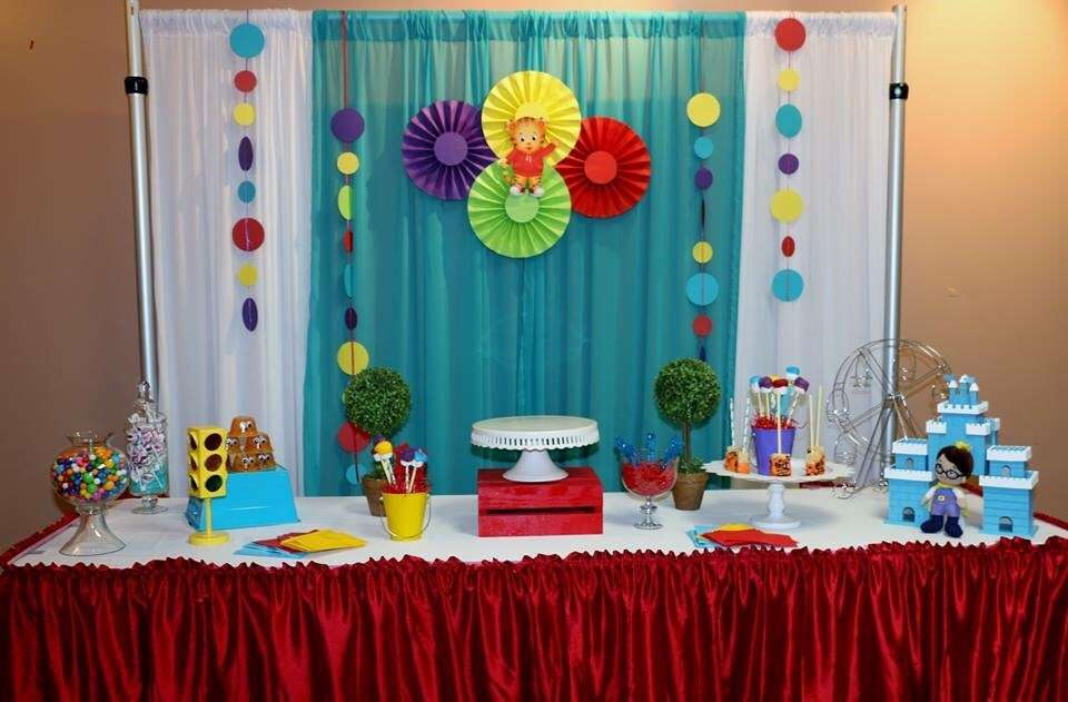 Daniel Tiger Neighborhood Birthday Party Ideas Photo 6