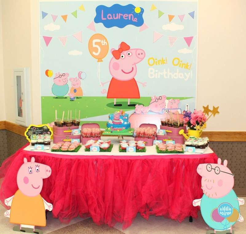 Peppa pig birthday party ideas photo 15 of 22 catch my for Peppa pig decorations