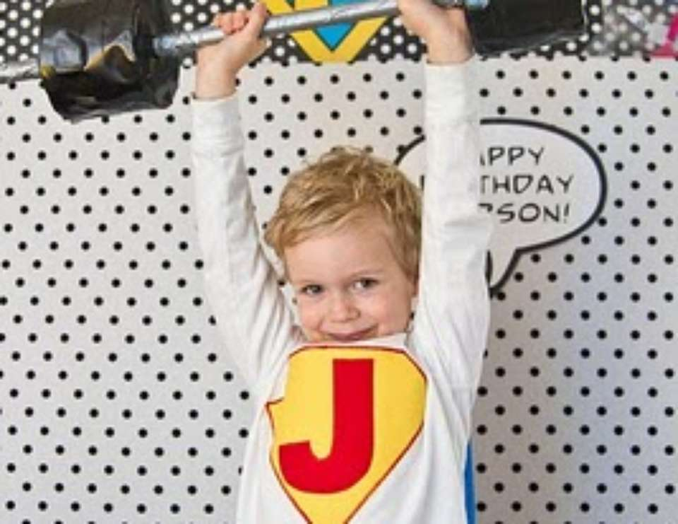 VIntage Super Hero Party - Super Heroes