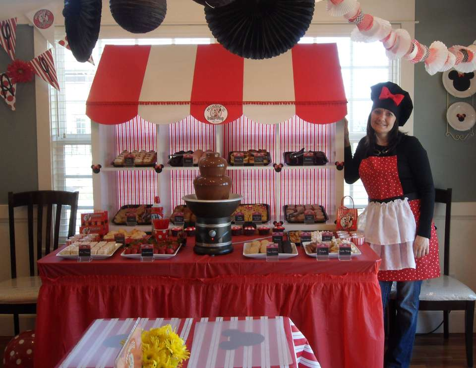 Minnie's Bake Shop Birthday Party - Minnie Mouse Bake Shop/Baking Party