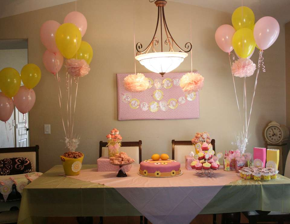 isabel's 1st pink lemonade party - It's Sweet to be 1