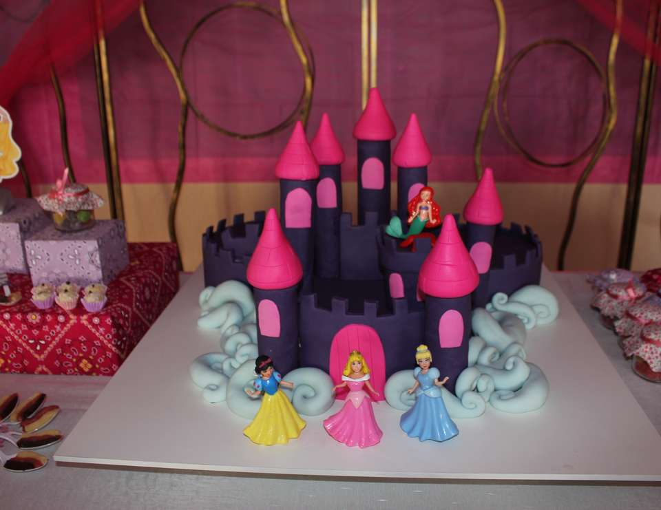 Clarinha is 4 - Disney Princess Party