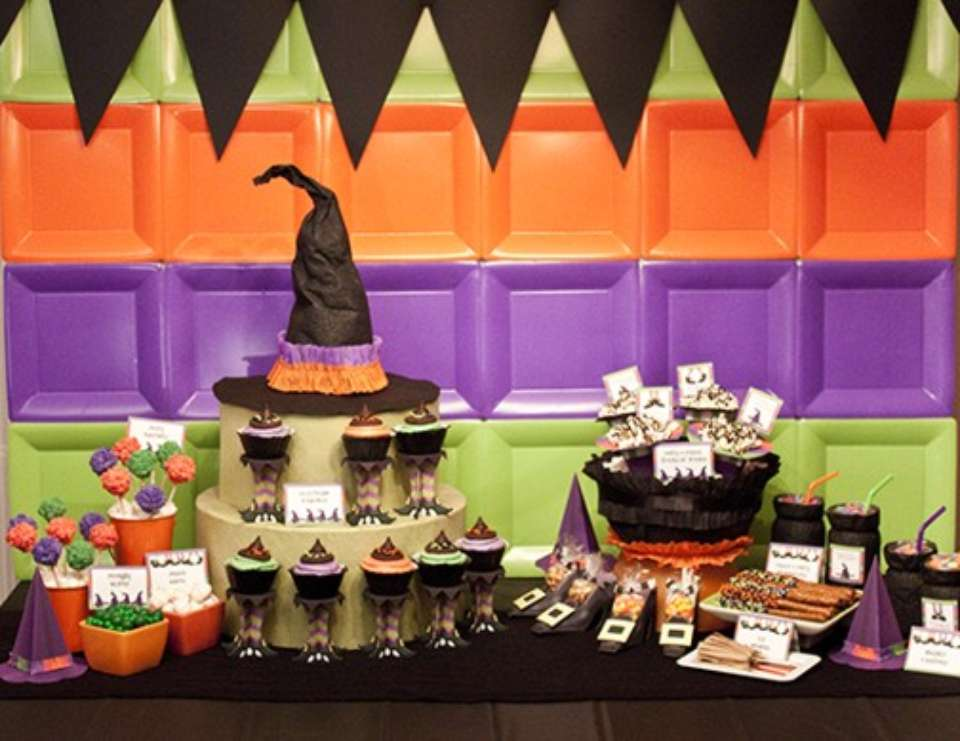 A Lil' Witches Halloween - Halloween