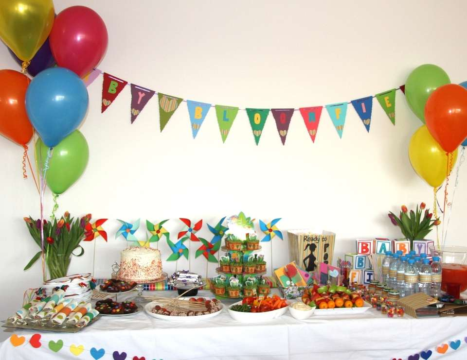 Ambers Rainbow Baby Shower - Rainbow / Jungle
