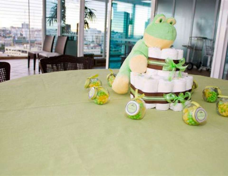 Vivi's Twins Baby Shower - FROG PARTY