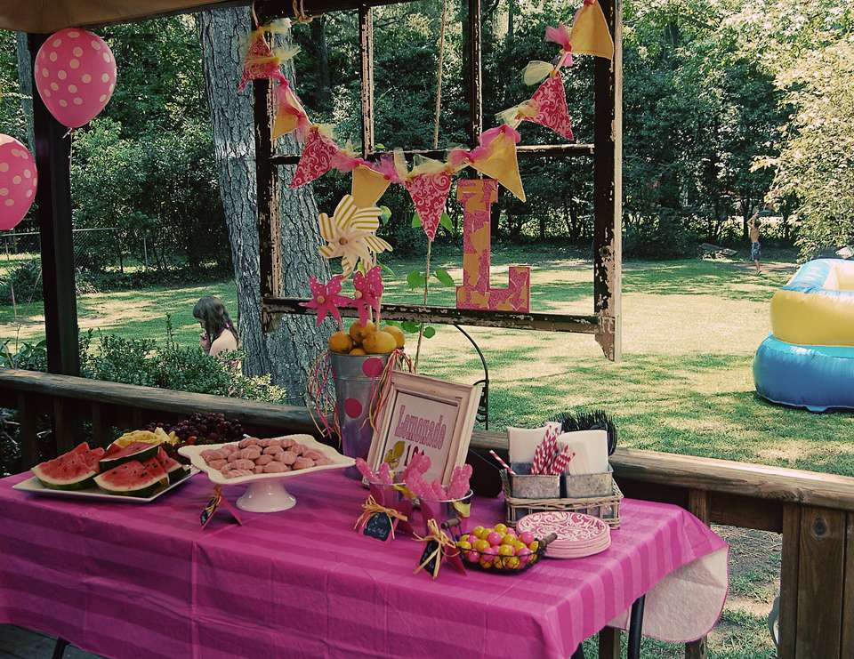 Lacey's Pink Lemonade Party - Pink Lemonade