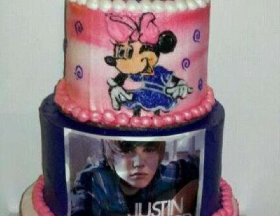 Ajah 6th birthday - Minnie Mouse/ Justin Bieber