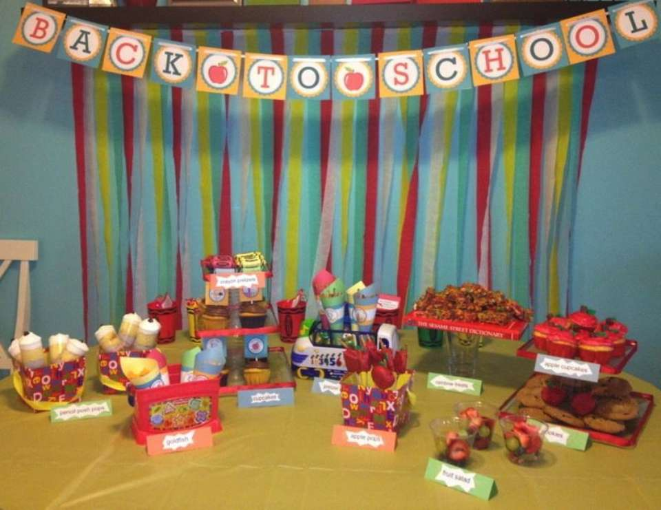 mrs. morales' back to school party - None