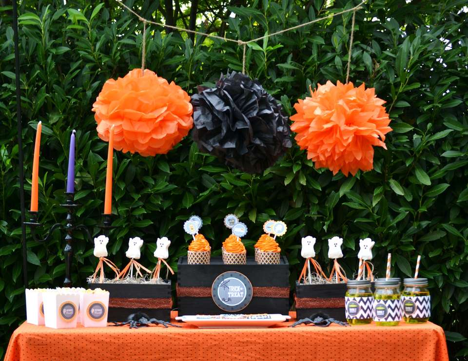 Classic & Cute Halloween Party - None