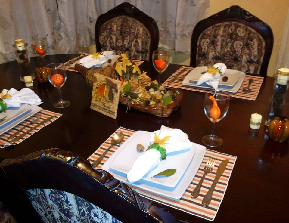 Thanksgiving Tablescape - None