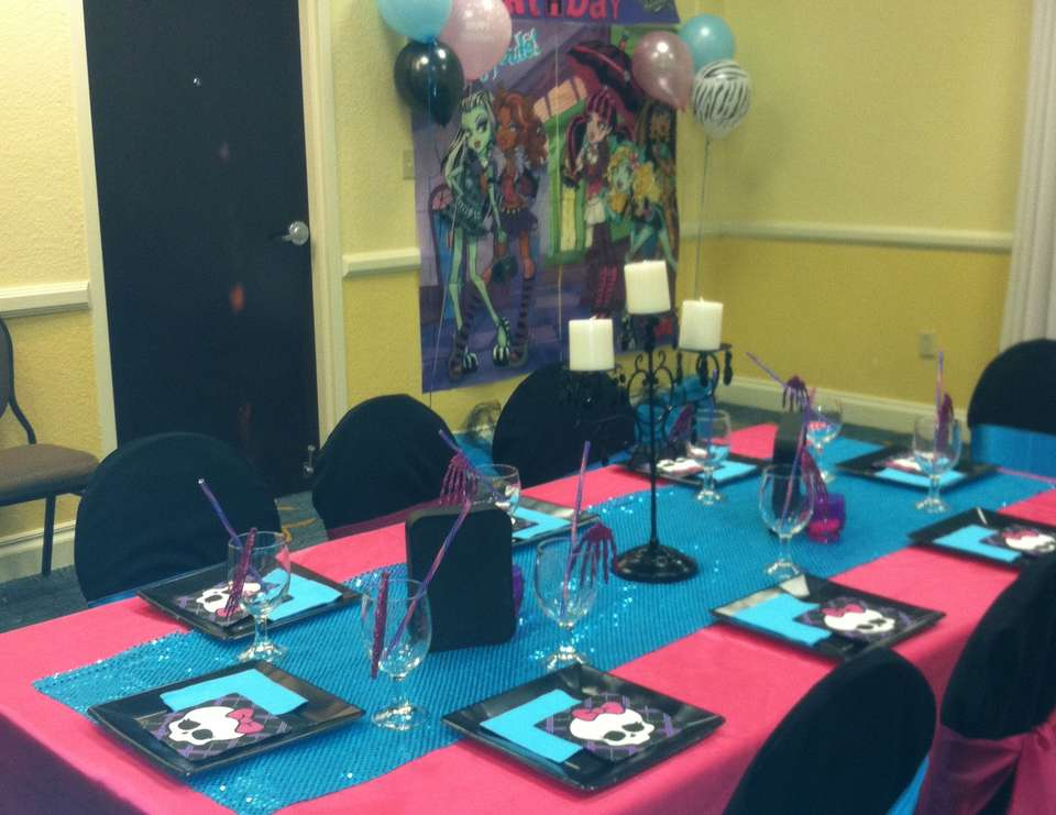 Zion's Monster High Glam Birthday Bash - None