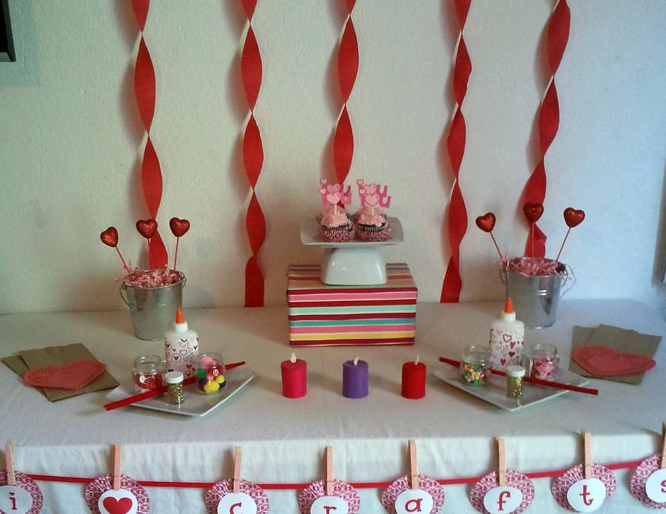 Valentine's Craft Party - None