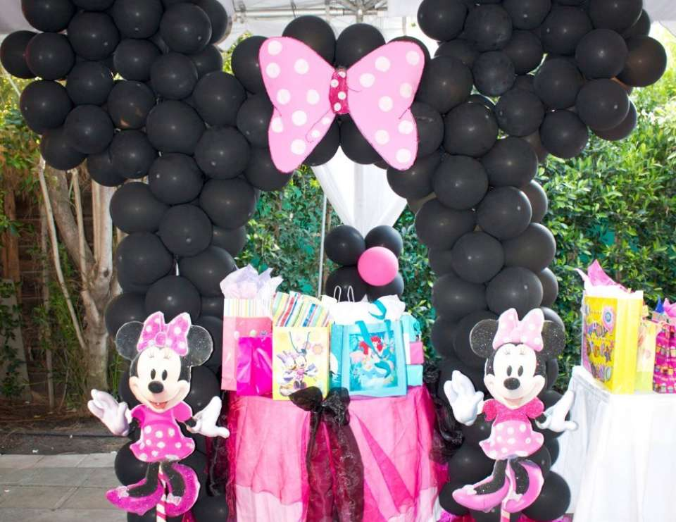Minnie mouse 3rd birthday party - Minnie Mouse