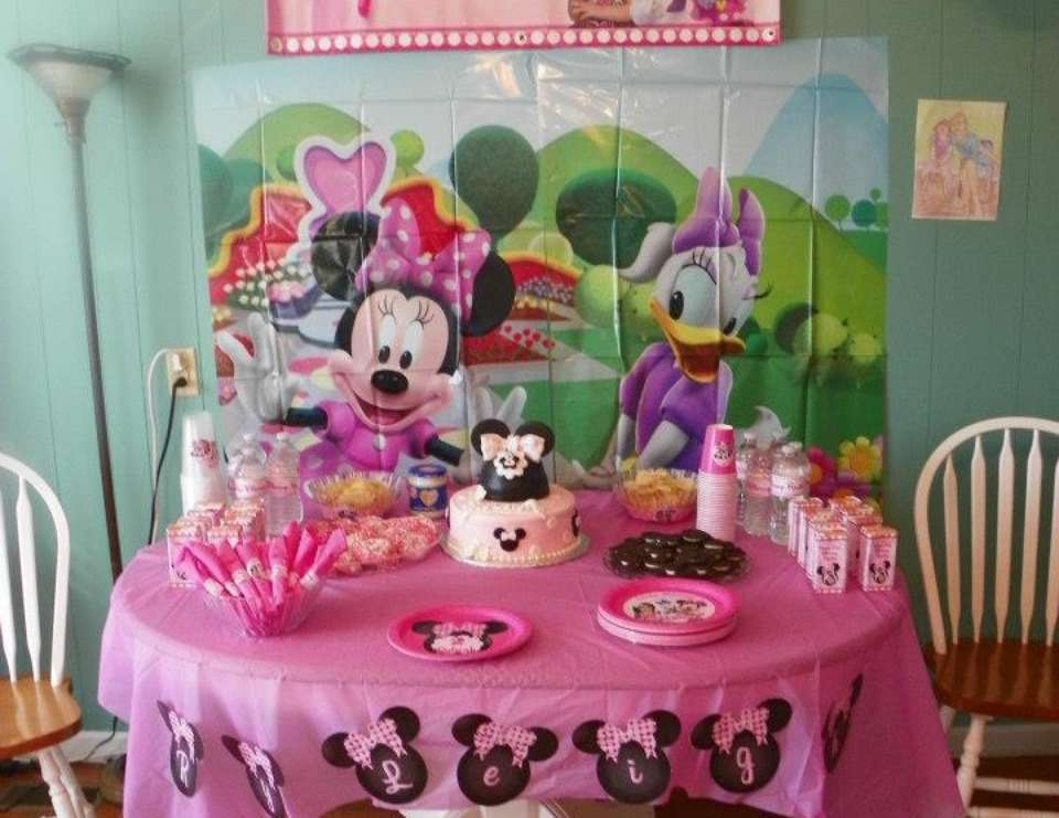 Minnie Mouse 2nd Birthday Party - Minnie Mouse