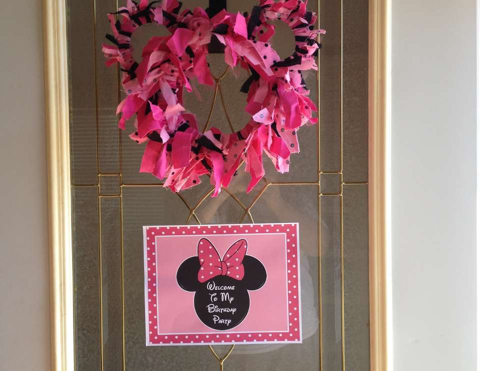 Julianna & Jaleigh's Minnie Party - Minnie Mouse