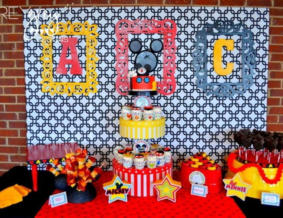 MIckey Mouse Clubhouse Party - None