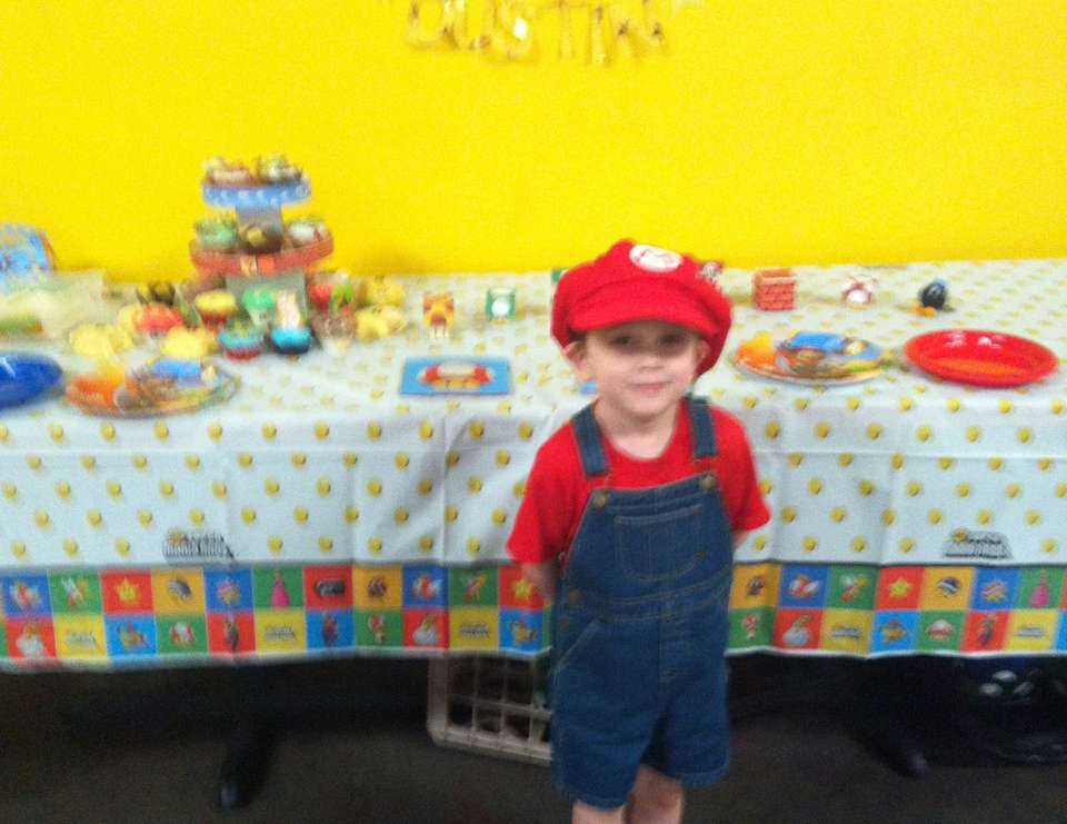 Dustin's 5th B-Day - Super Mario Brothers